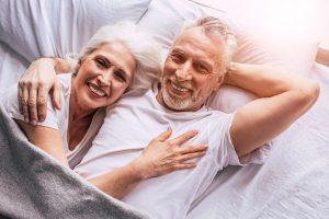 Crise du milieu de vie chez l'homme : comment aider votre mari?