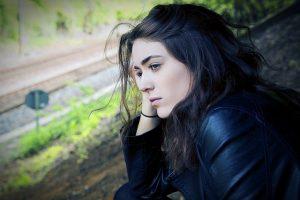 Comment reconnaître une crise de milieu de vie chez votre conjoint, et que faire ?