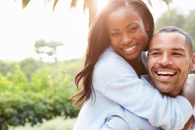 Comment reconnaître une crise de milieu de vie: aider votre conjoint à traverser la crise