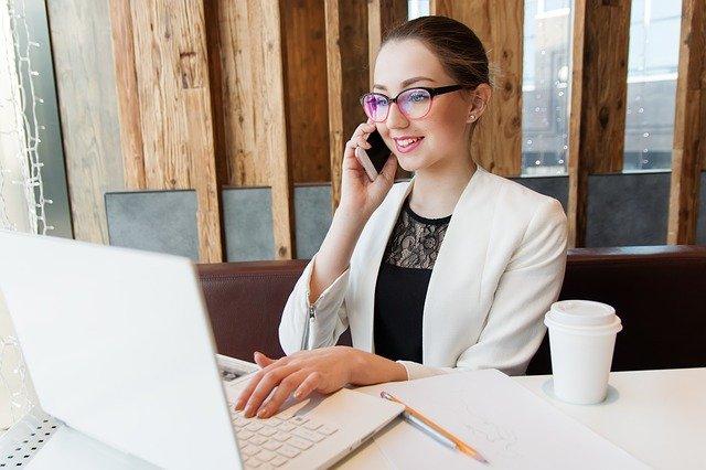 Femme manager de proximité : 4 astuces pour gérer votre stress et celui de vos collaborateurs